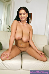 Seetha Sathish Tamil Actress Nude Showing her Boobs [Fake]
