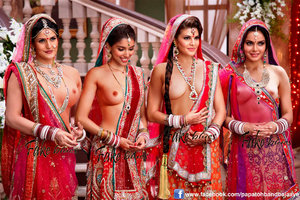 q8zbwmvhz9ov t Zareen, Asin , Jacqueline Nude Topless Showing her Boobs [Fake]