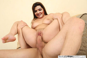 Aarthi Agarwal Nude Enjoying the Fucking in her Pussy [Fake]