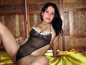 mfhqgomoulvb t Zareen Khan Nude in a Black Lingrie Exposing Boobs n Pussy [Fake]