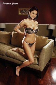 b8cq62wqvc5f t Parineeti Chopra in Sexy Outfit Exposing her BOobs Clevage [Fake]