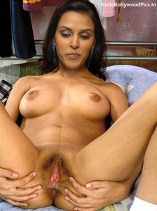 Neha Dhupia Nude SHowing her Pussy Hole and Taking Big Cock [Fake]