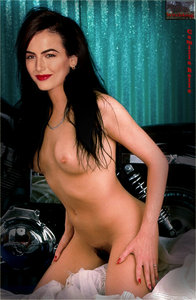 0hslt96i8usl t Camilla Belle Fake Nude and Sex Picture