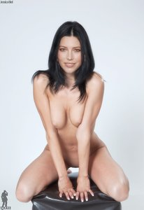 sg7vp064niaq t Jessica Biel Fake Nude and Sex Picture